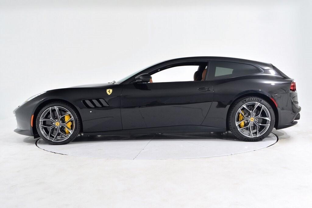 2019 Ferrari GTC4Lusso T image _601127128e97c1.38979389.jpg