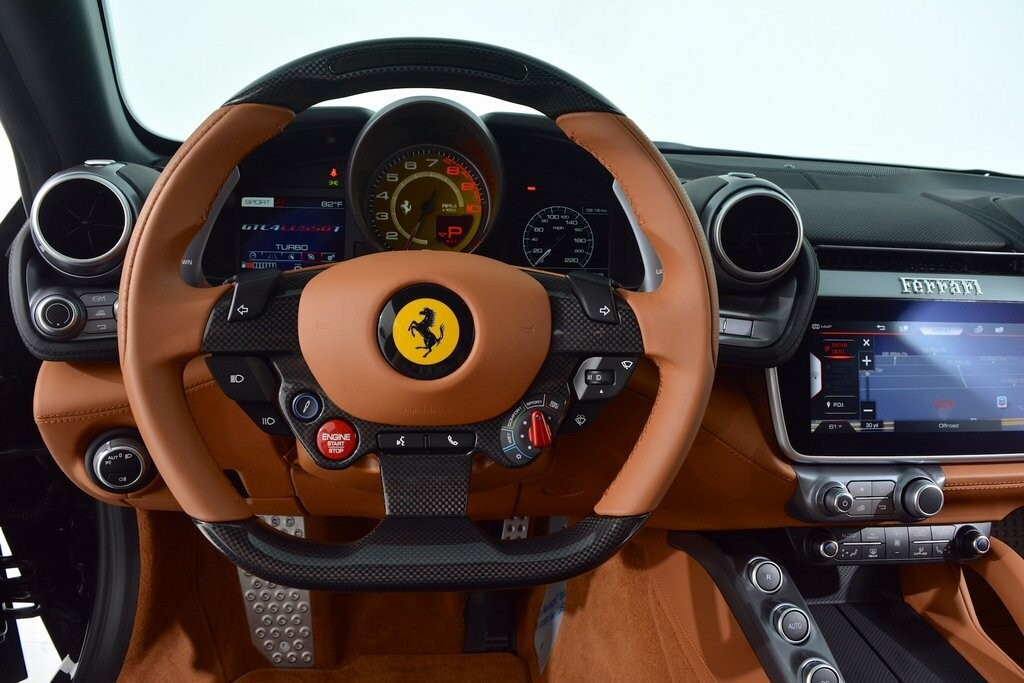 2019 Ferrari GTC4Lusso T image _60112714598841.43696354.jpg