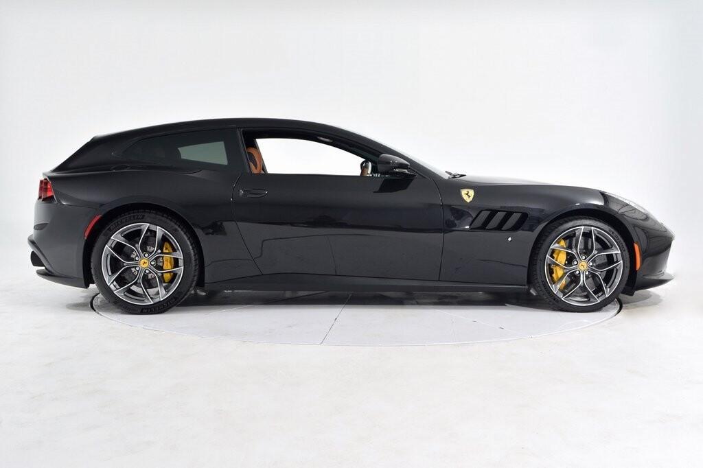 2019 Ferrari GTC4Lusso T image _601127168f3840.87813659.jpg