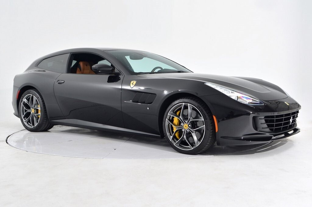 2019 Ferrari GTC4Lusso T image _601127177ffd64.01845980.jpg