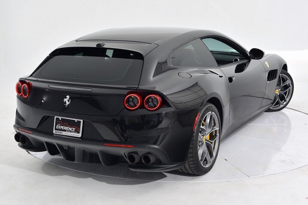 2019 Ferrari GTC4Lusso T image _6011271ae65942.41047344.jpg