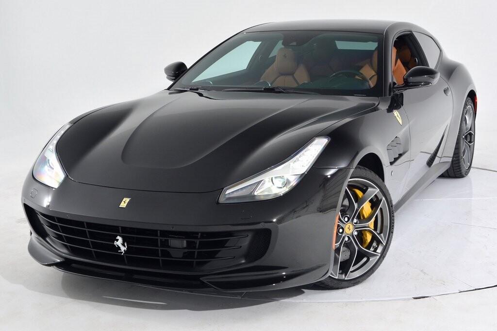 2019 Ferrari GTC4Lusso T image _6011271b652122.53451437.jpg