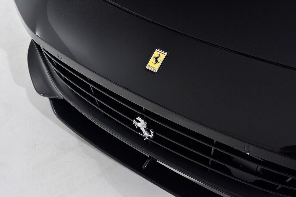 2019 Ferrari GTC4Lusso T image _6011271d531522.57672994.jpg