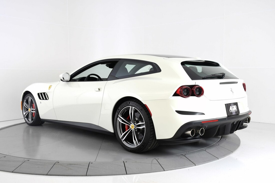 2020 Ferrari GTC4Lusso image _60c77ae3f24fe5.01858124.jpg