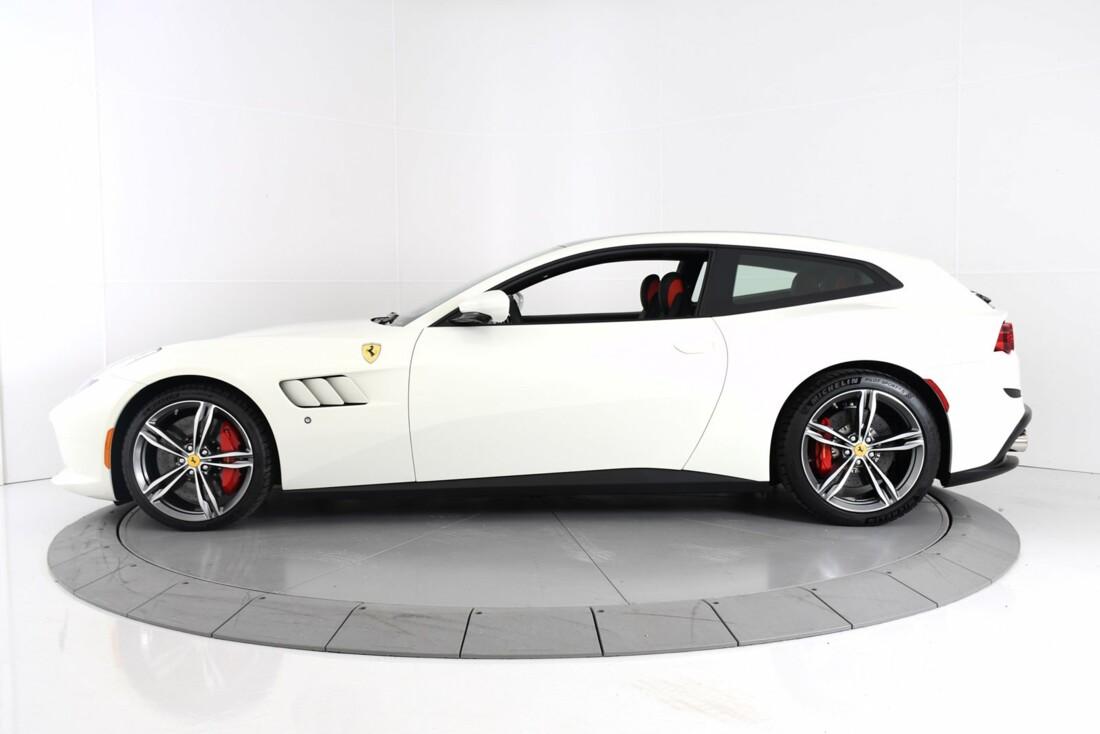 2020 Ferrari GTC4Lusso image _60c77ae66d5032.00920391.jpg