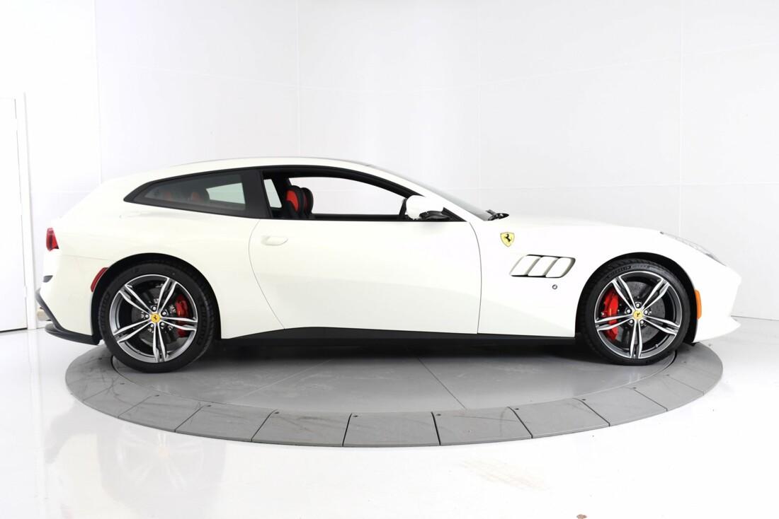 2020 Ferrari GTC4Lusso image _60c77ae72ccfb6.12310585.jpg