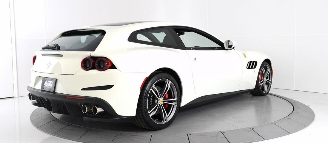 2020 Ferrari GTC4Lusso image _60c77af9e6ad55.82935506.jpg
