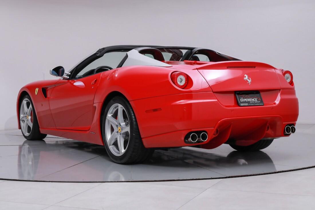 2011 Ferrari SA APERTA image _60c78037f41201.00416950.jpg