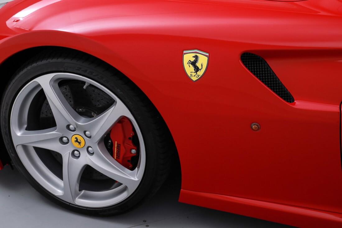 2011 Ferrari SA APERTA image _60c7803ed6f842.13042088.jpg