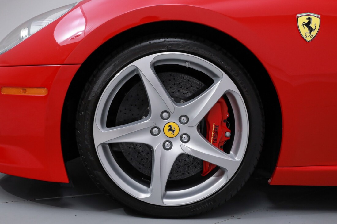 2011 Ferrari SA APERTA image _60c78064185b32.91709162.jpg