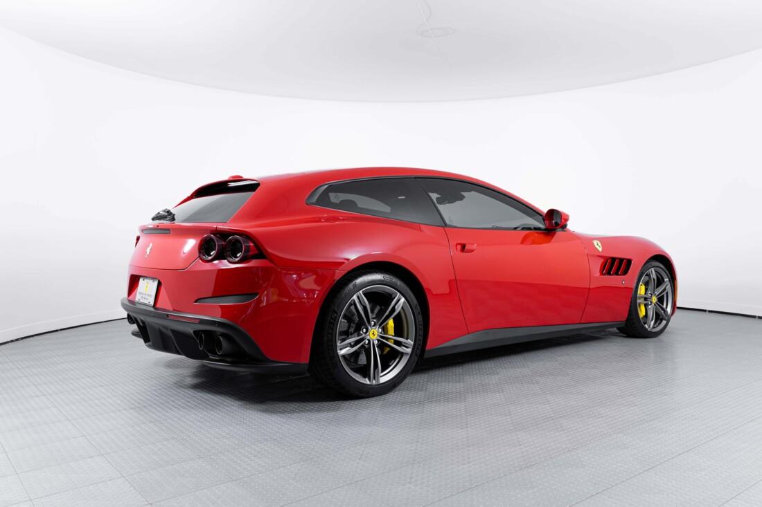 2019 Ferrari GTC4Lusso image _60c78137671009.73535983.jpg