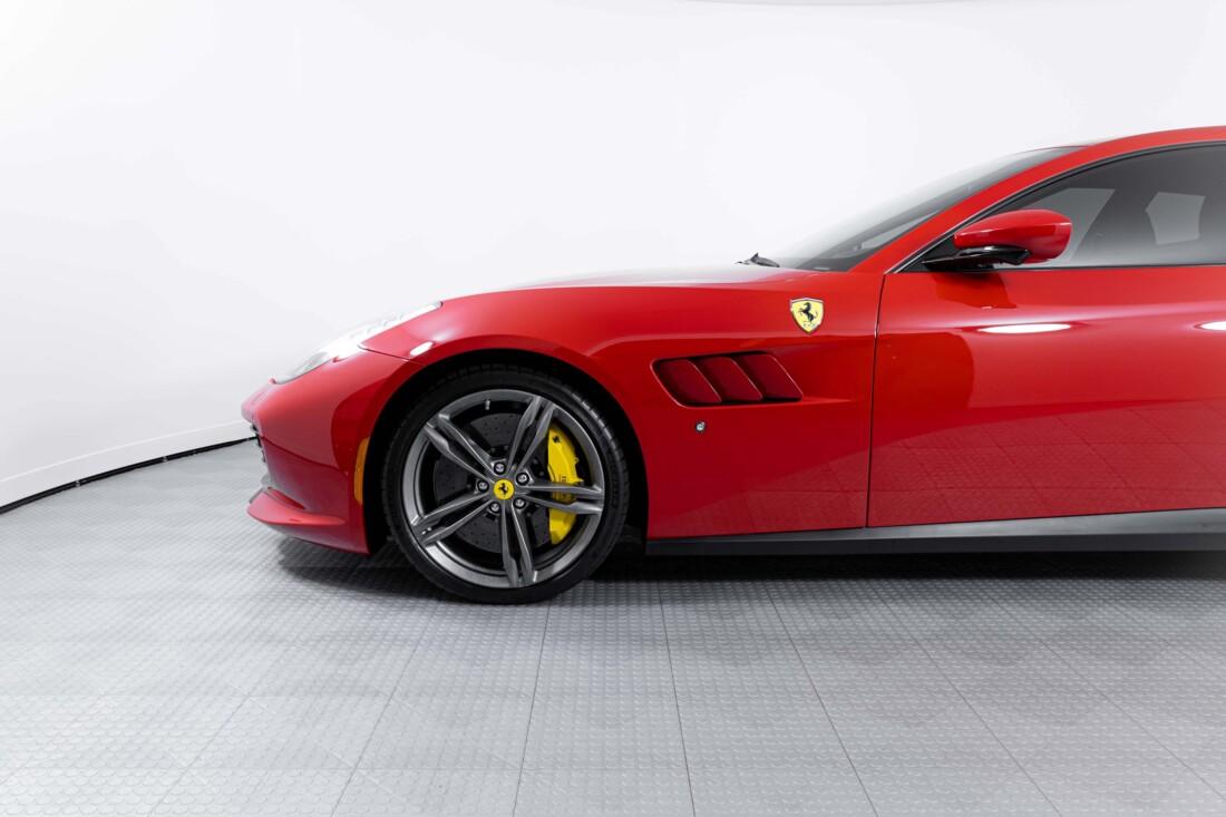 2019 Ferrari GTC4Lusso image _60c781a6cd0168.67792960.jpg