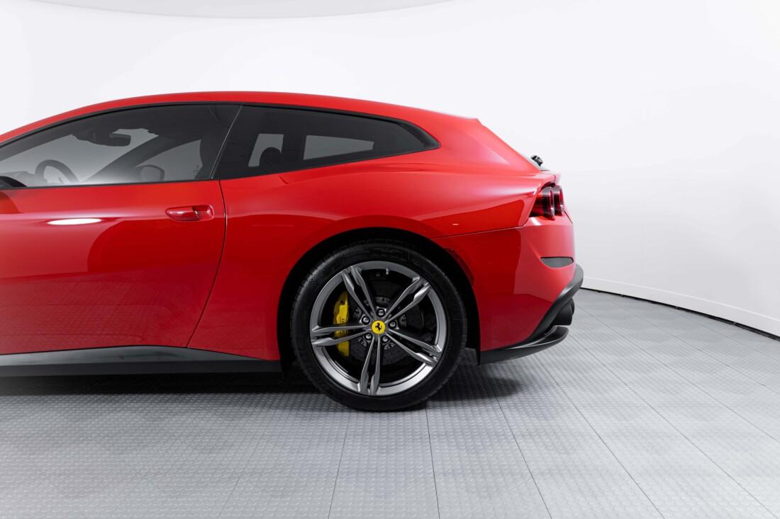 2019 Ferrari GTC4Lusso image _60c781b6a967e9.48374024.jpg