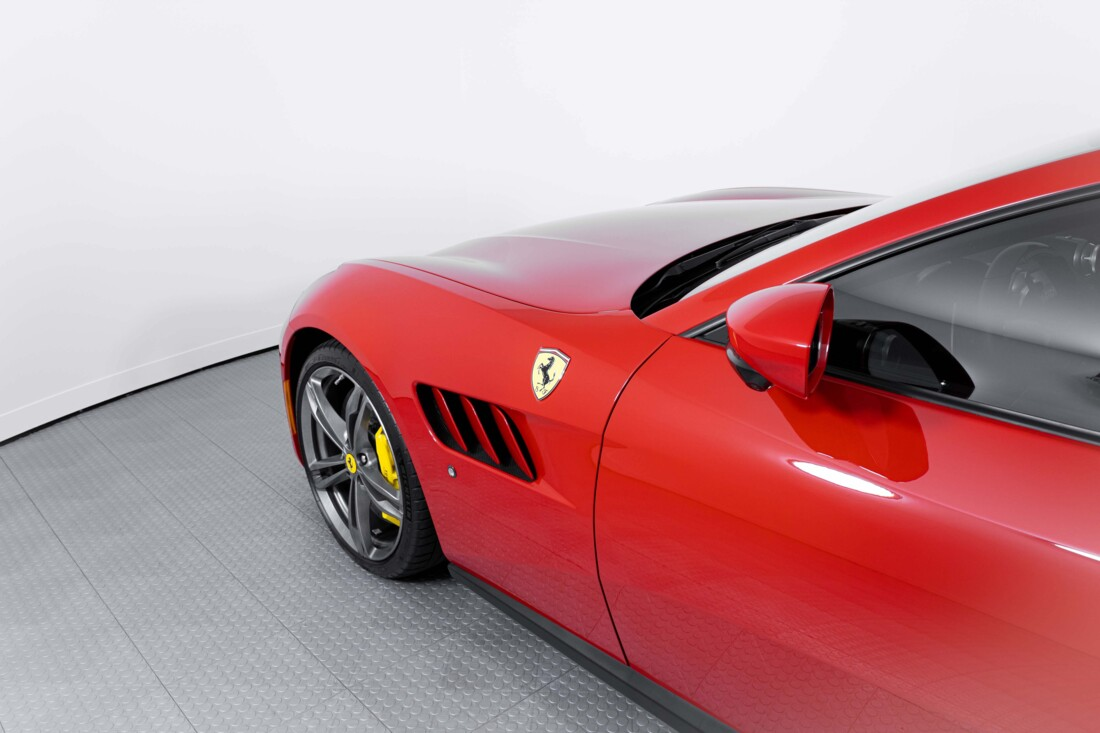 2019 Ferrari GTC4Lusso image _60c7820b6423f0.03103385.jpg