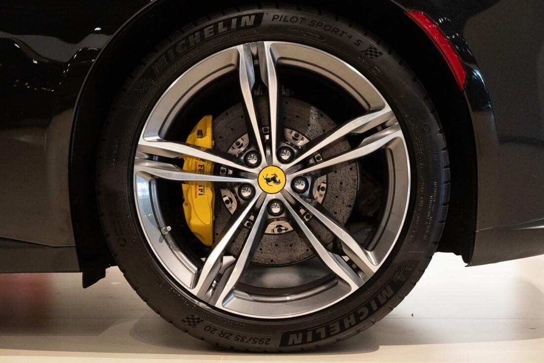 2019 Ferrari GTC4Lusso image _60c79b5fee9721.27660352.jpg