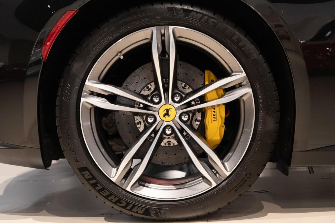 2019 Ferrari GTC4Lusso image _60c79b61717c76.51909004.jpg