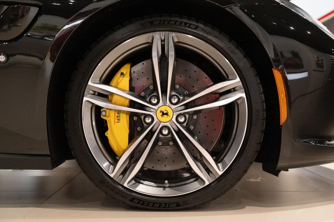 2019 Ferrari GTC4Lusso image _60c79b63645c73.90484532.jpg