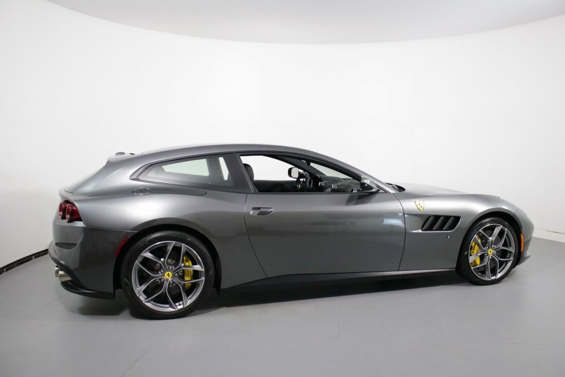 2018 Ferrari GTC4Lusso image _60c7ac6b767fe9.91085204.jpg