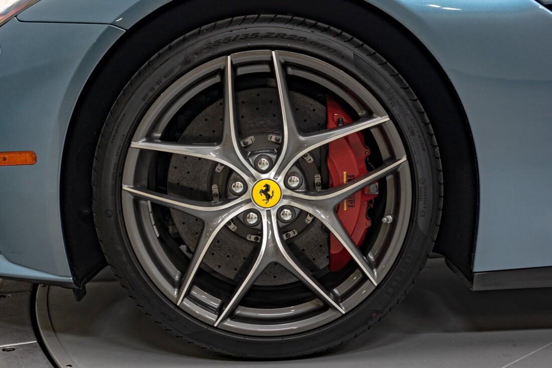 2017 Ferrari F12berlinetta image _60c7afe878bbb0.19982359.jpg