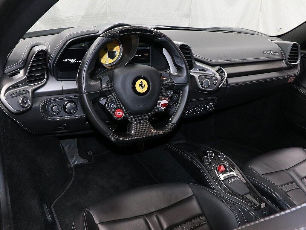 2012 Ferrari  458 Italia image _60c7b75a7dd880.40087614.jpg