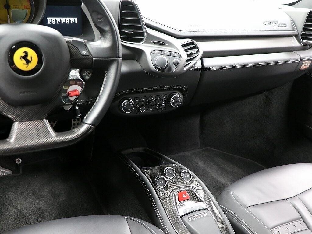 2012 Ferrari  458 Italia image _60c7b75d10e562.44659001.jpg