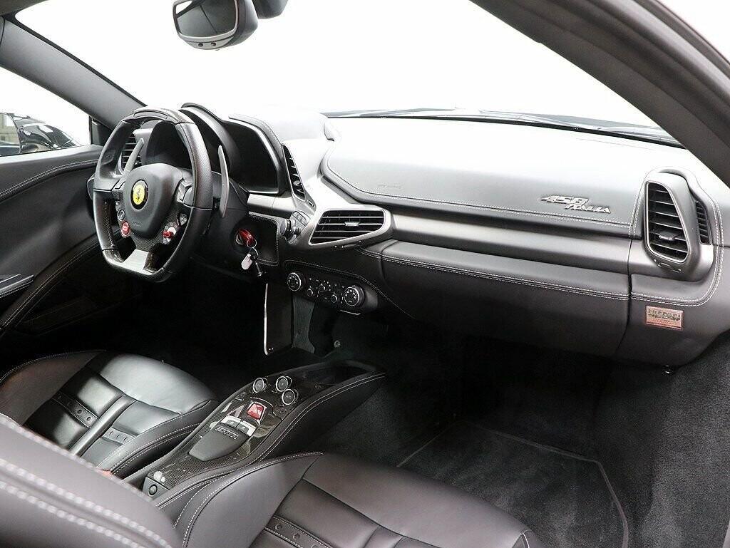 2012 Ferrari  458 Italia image _60c7b7675d5587.72132052.jpg