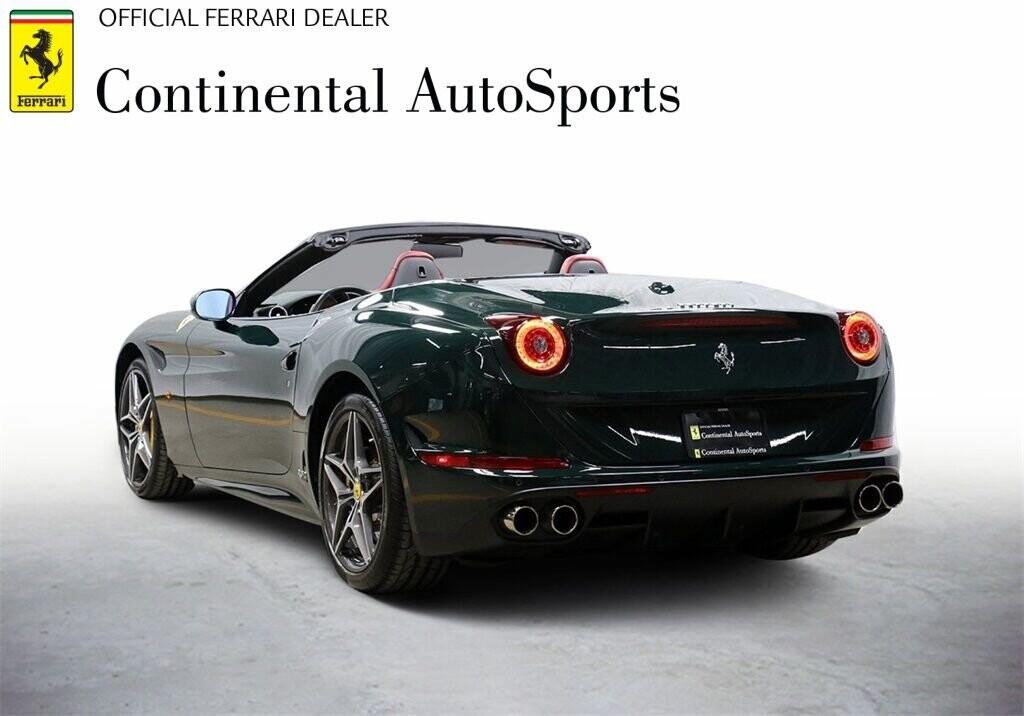 2018 Ferrari  California T image _60c7b83f304628.42727790.jpg