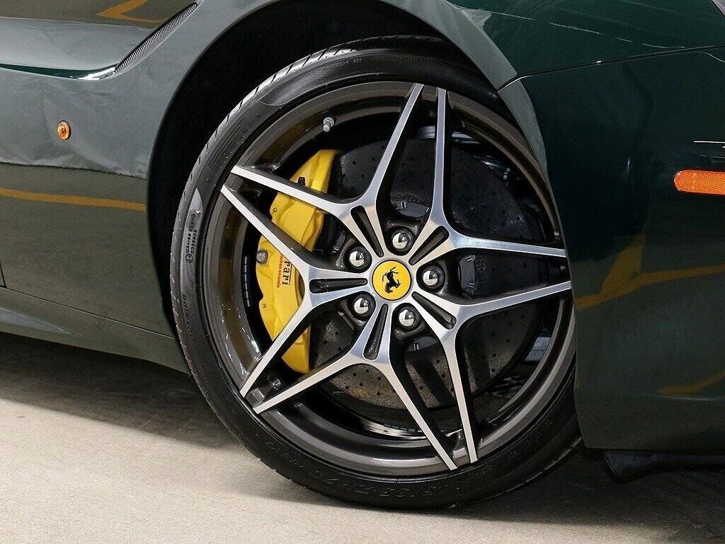 2018 Ferrari  California T image _60c7b843debac1.96409463.jpg