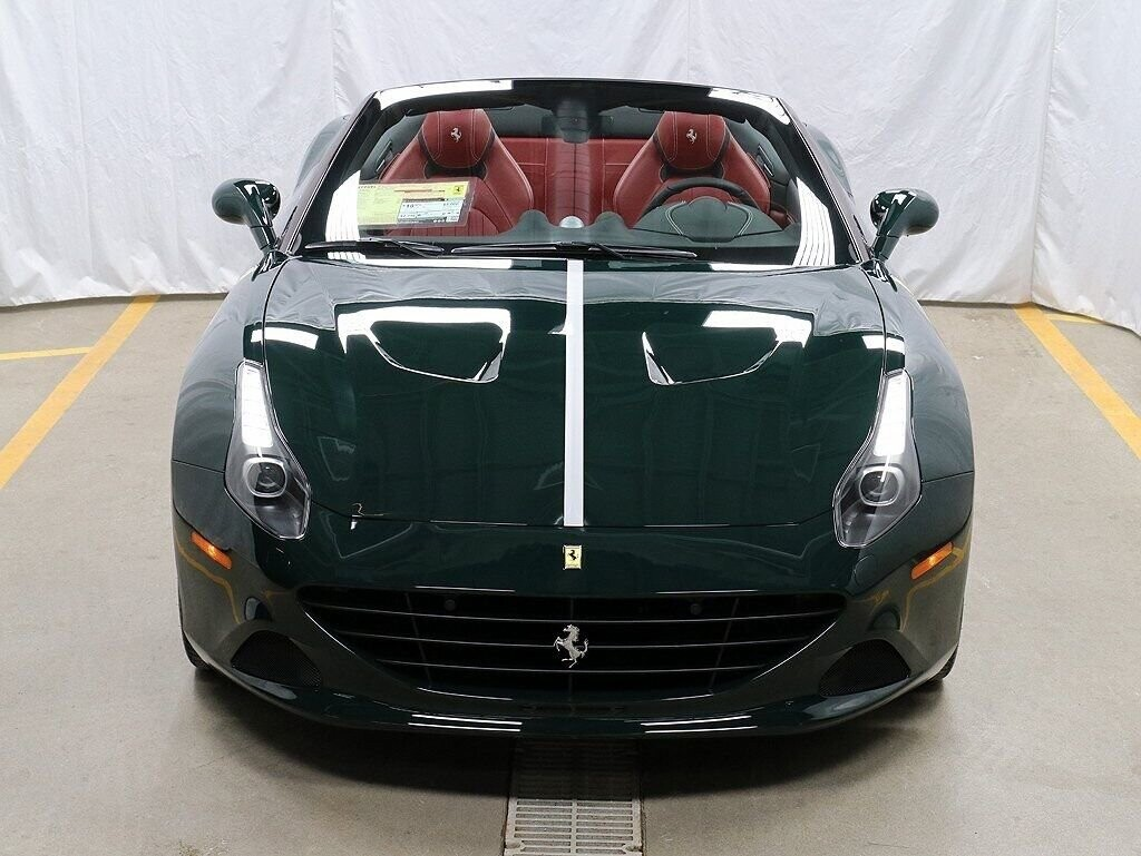 2018 Ferrari  California T image _60c7b8469621e0.00008748.jpg