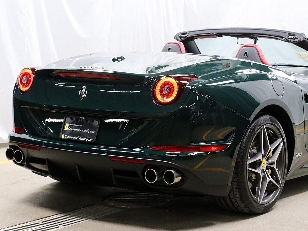 2018 Ferrari  California T image _60c7b84a601889.19750265.jpg