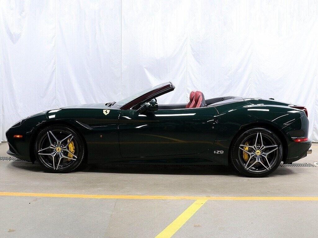 2018 Ferrari  California T image _60c7b84de09f30.09473956.jpg