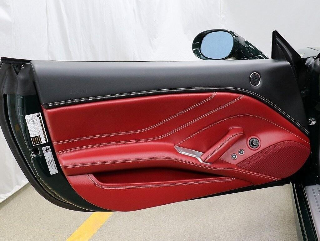 2018 Ferrari  California T image _60c7b85b868a29.10615747.jpg