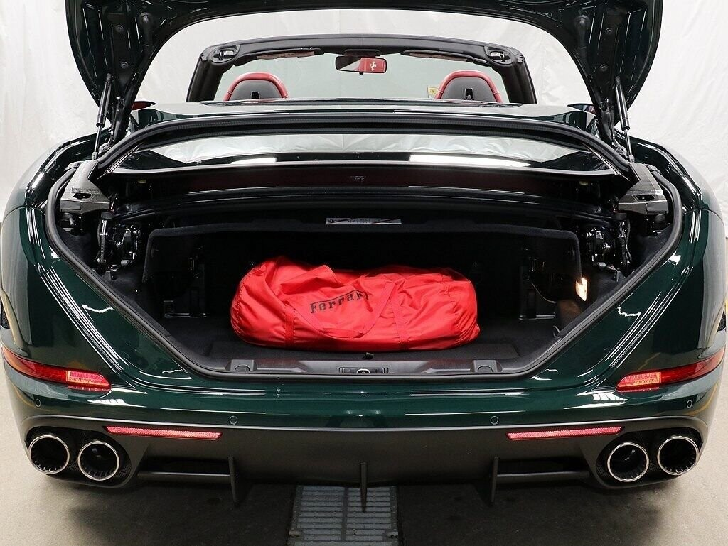 2018 Ferrari  California T image _60c7b85d6dc5e2.71739661.jpg