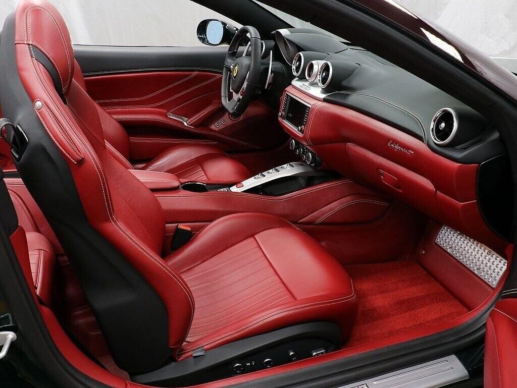 2018 Ferrari  California T image _60c7b85fd7f605.06761223.jpg