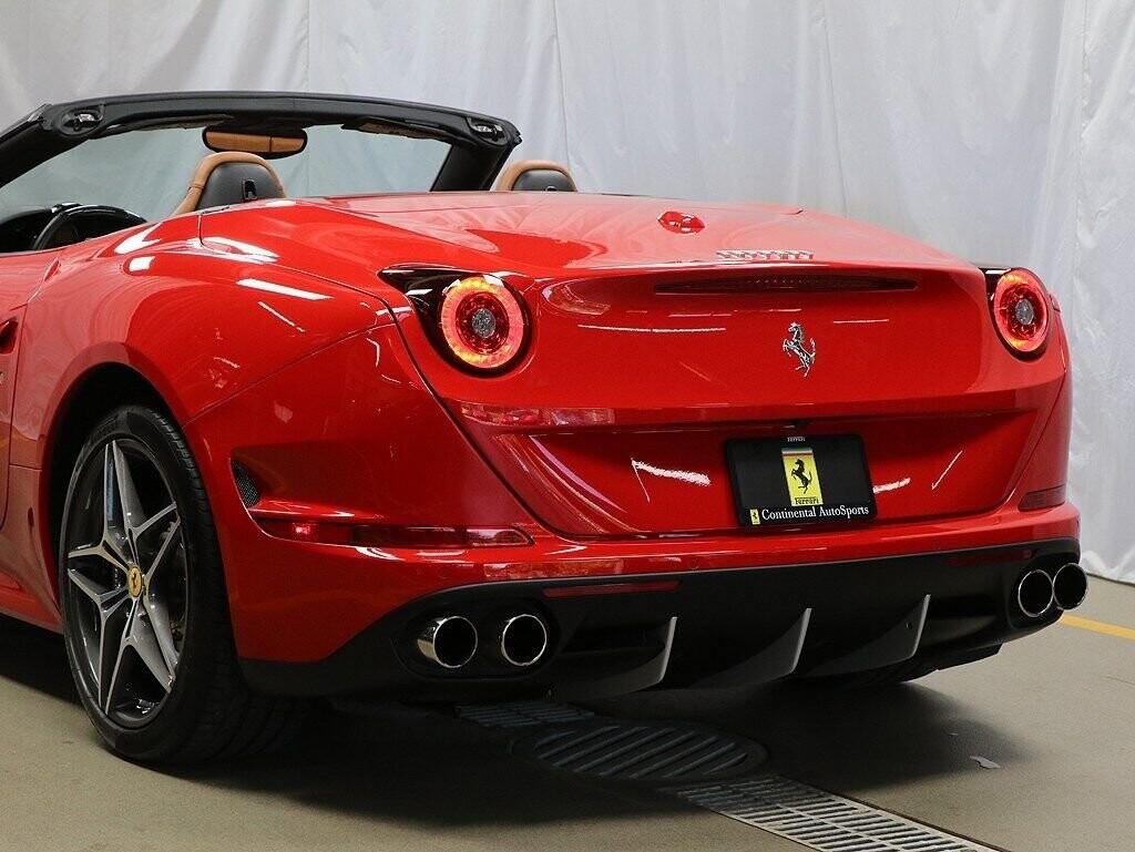 2016 Ferrari  California image _60c7b95e8600e7.32257345.jpg
