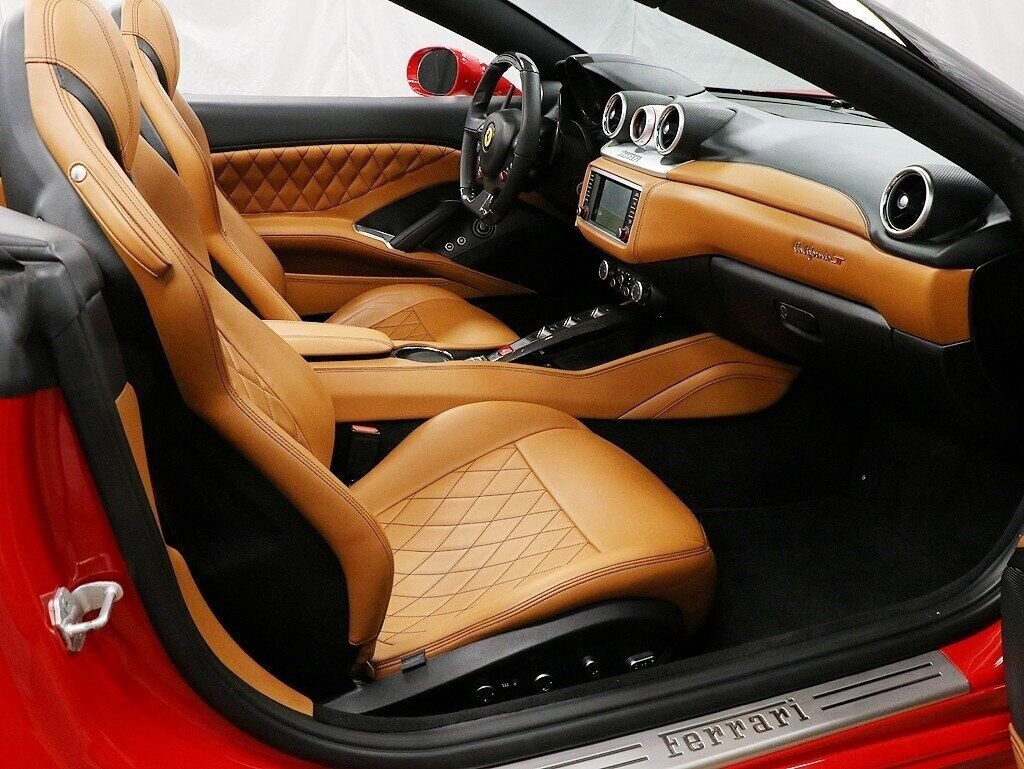 2016 Ferrari  California image _60c7b9700d4235.19507655.jpg