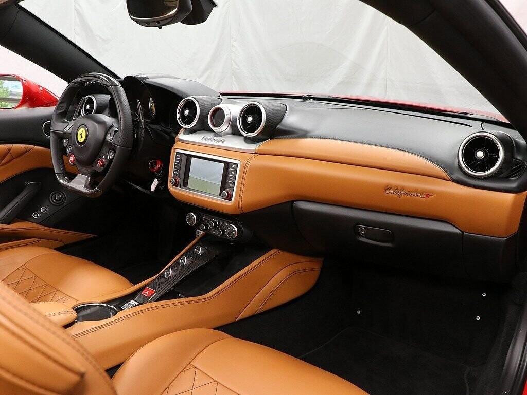 2016 Ferrari  California image _60c7b970a917e3.91210727.jpg
