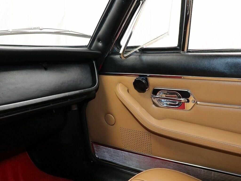 1970 Ferrari 365 GT 2+2 image _60c9d6e49cccc6.72868681.jpg