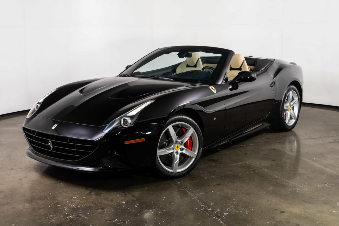 2016 Ferrari  California T image _60e7f5188c0125.62387438.jpg