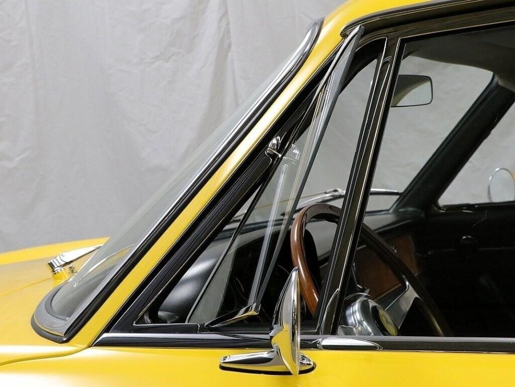 1968 Ferrari 330 GTC image _60e7f602c23d41.41318225.jpg