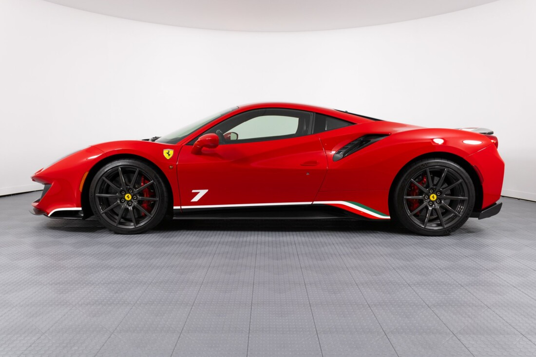2019 Ferrari  488 Pista image _60e94642a6d132.97262197.jpg
