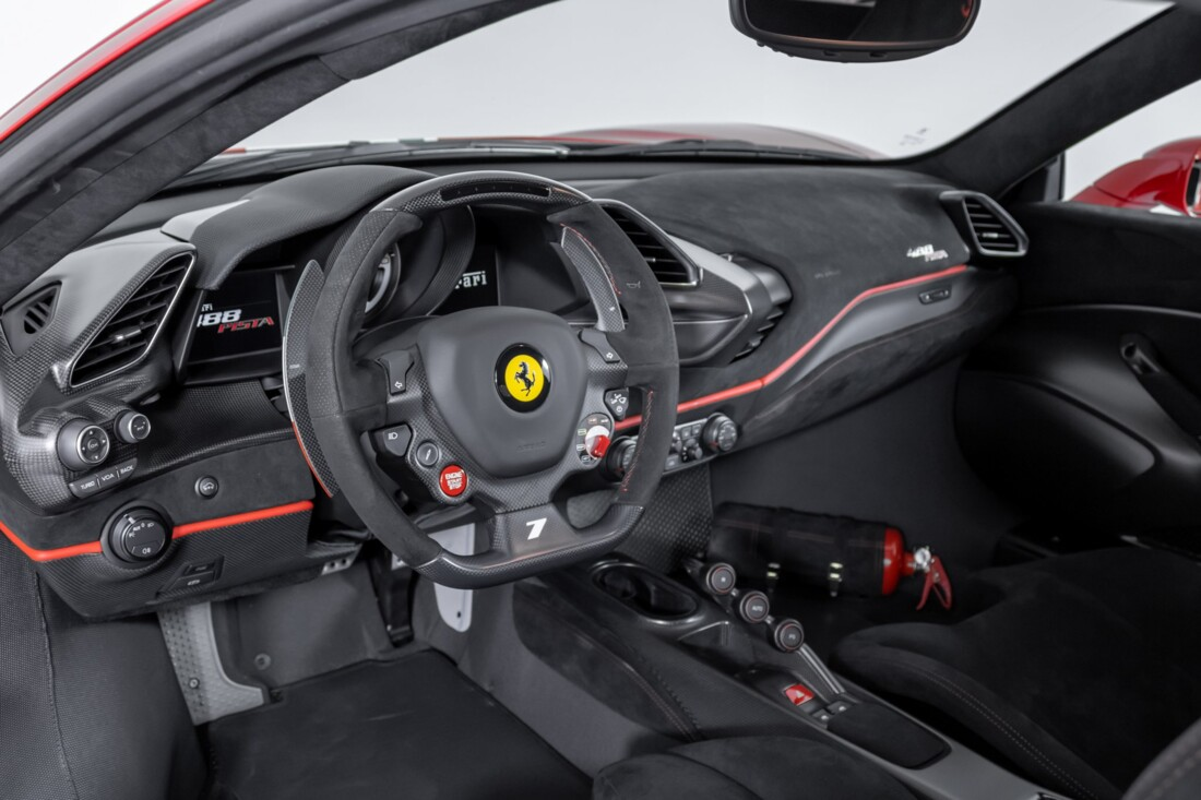 2019 Ferrari  488 Pista image _60e94644a37828.13201525.jpg