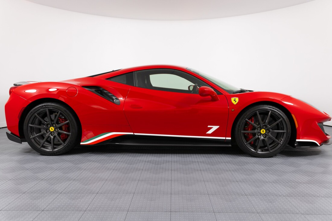 2019 Ferrari  488 Pista image _60e9464a221007.58499985.jpg