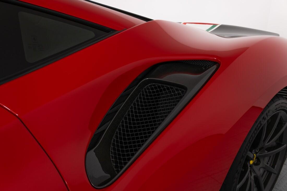 2019 Ferrari  488 Pista image _60e9466b4c85c2.63429353.jpg