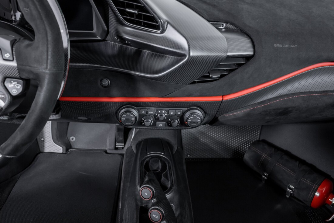 2019 Ferrari  488 Pista image _60e94693f0eeb9.95673233.jpg