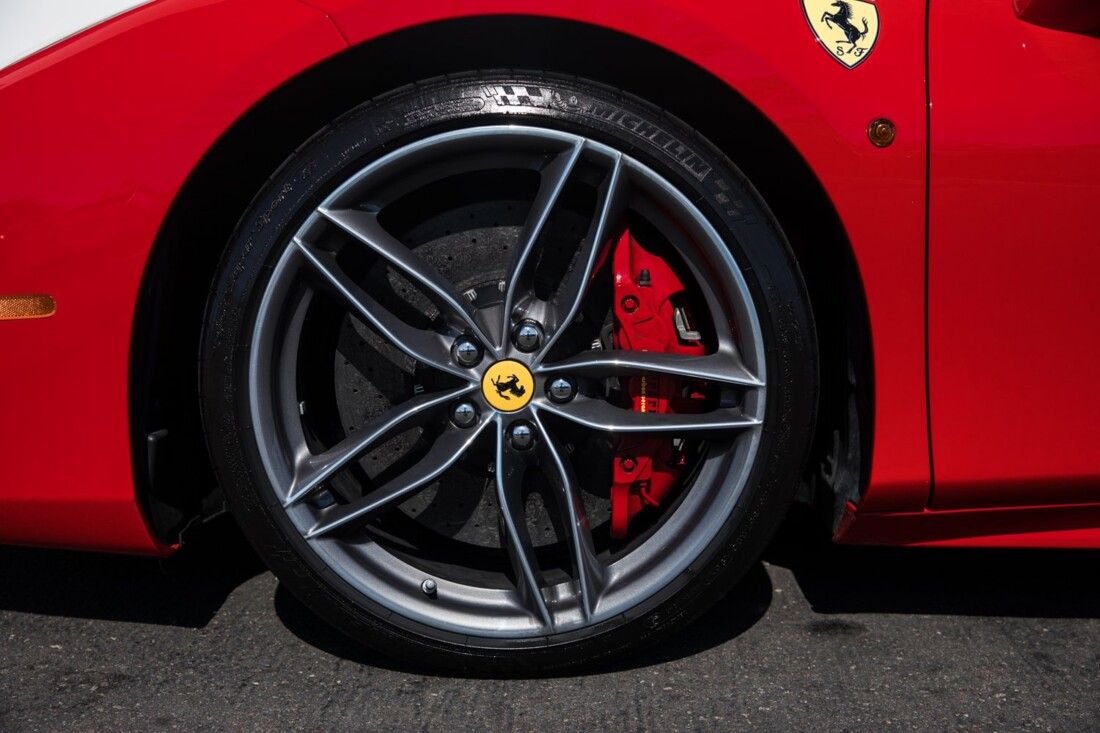 2018 Ferrari 488 Spider image _60edaa3cc203e6.17317743.jpg