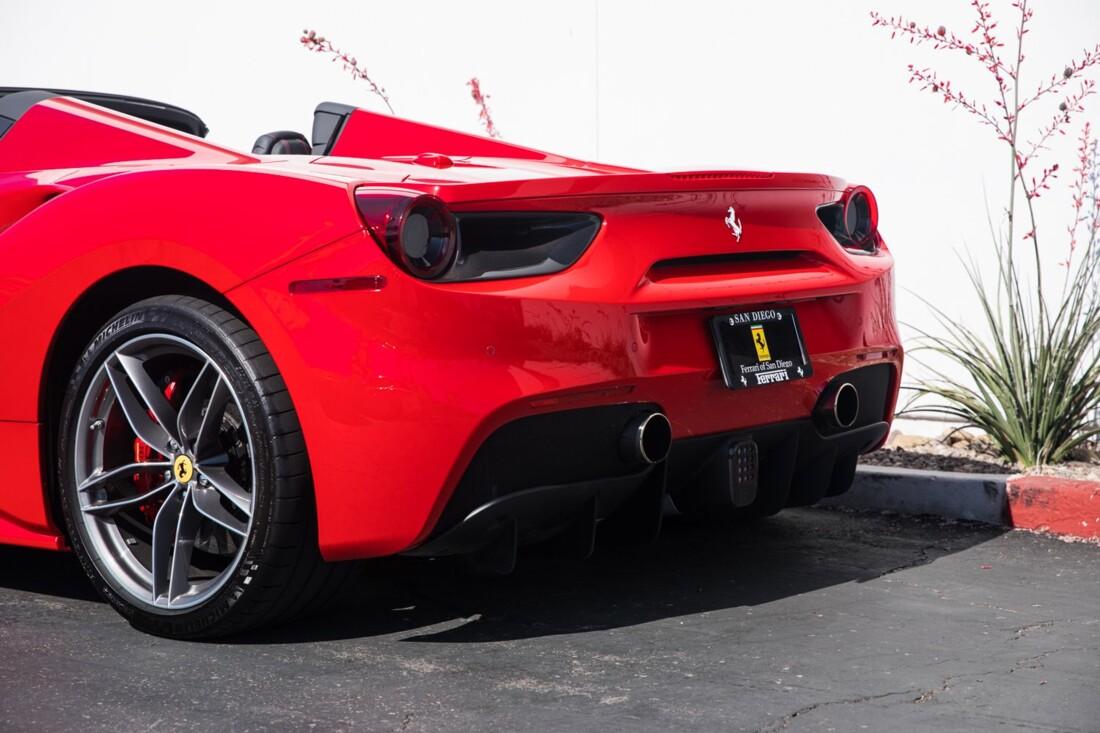 2018 Ferrari 488 Spider image _60edaa3f206376.31407856.jpg