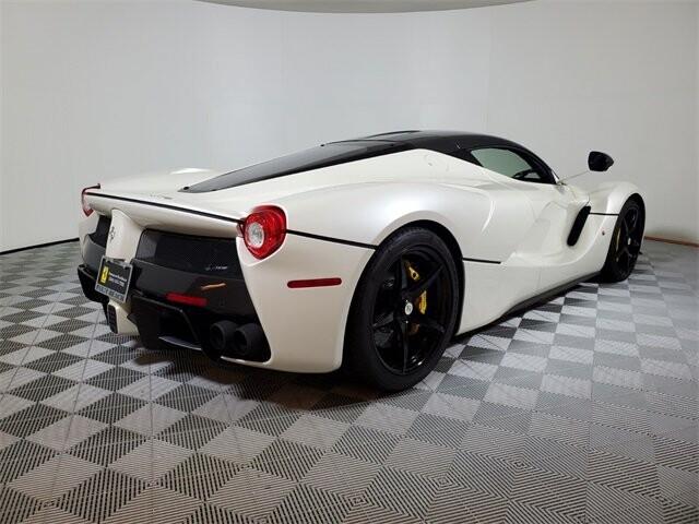 2015 Ferrari La image _60edb0ddaa6ba3.81533953.jpg
