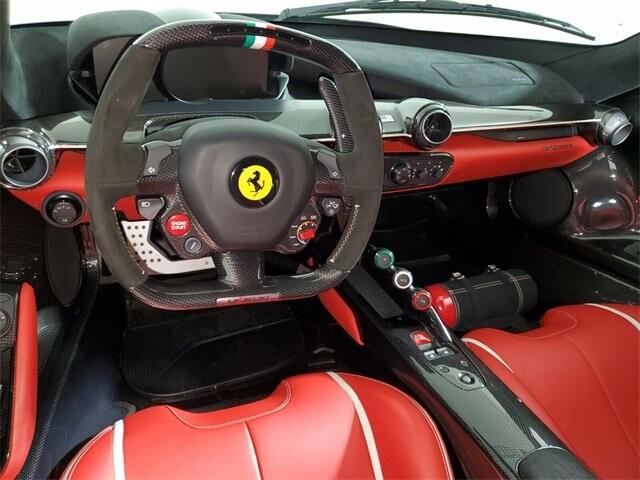 2015 Ferrari La image _60edb0de903011.58030440.jpg