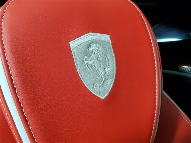2015 Ferrari La image _60edb0df908cf7.29554344.jpg